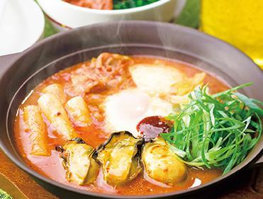 ガスト冬鍋の広島産牡蠣の辛口チゲ