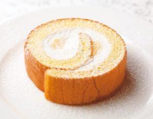 ガストのモーニング「ふんわりロールケーキ」