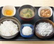吉野家朝食2018年「しらす牛小鉢定食」