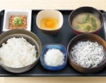 吉野家朝食2018年「納豆しらす定食」