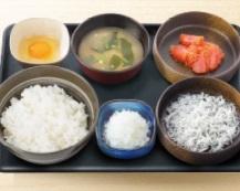 吉野家朝食2018年「しらす明太子定食」